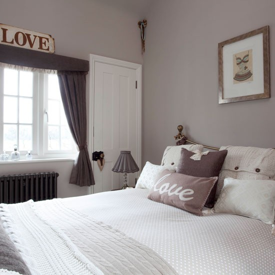 Choosing the right shade of grey paint for Bedroom ideas uk