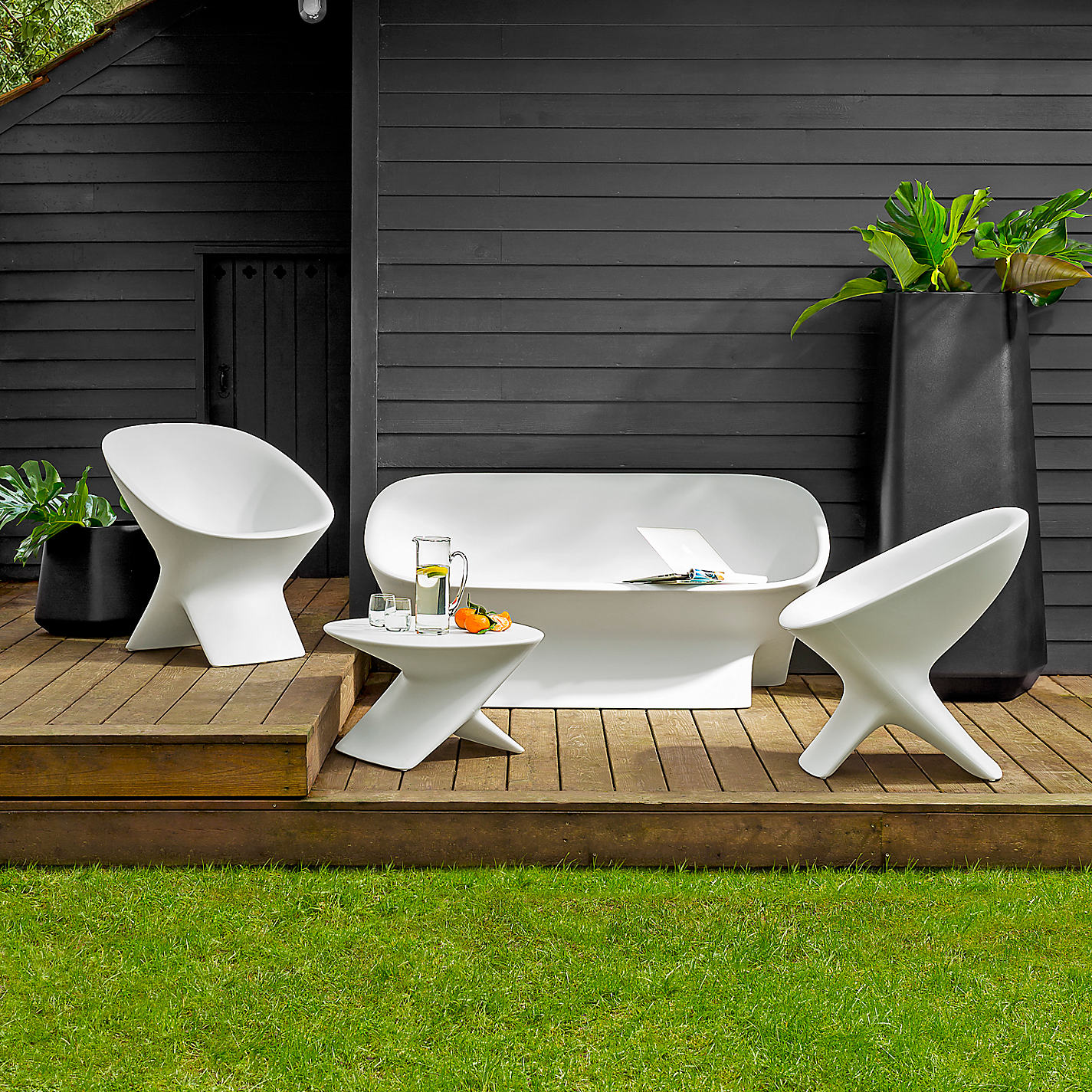 Recycled garden furniture from mad about the house for Designer garden furniture