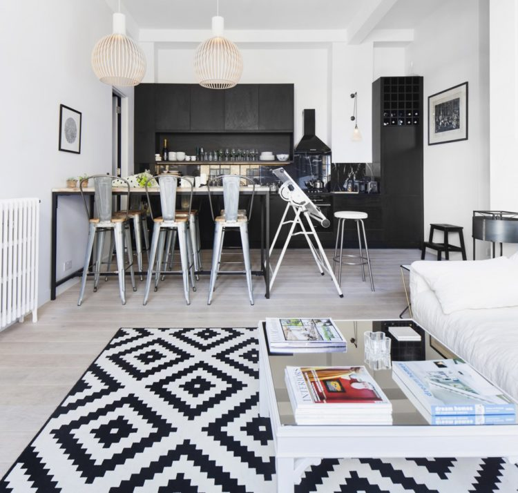 black and white apartment by Laura Lakin photographed by Juliet Murphy