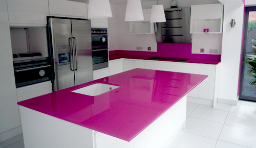 glass kitchen worktop from maldonglass.co.uk