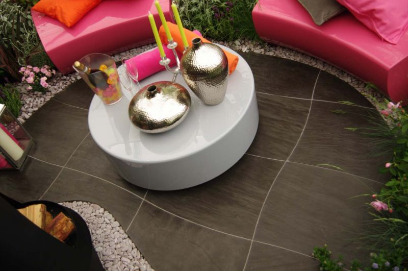 Camber seating in telemagenta pink from sui generis