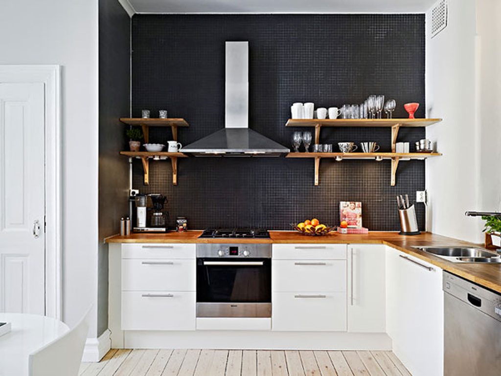 black kitchen tiles from kitchenclarity.com