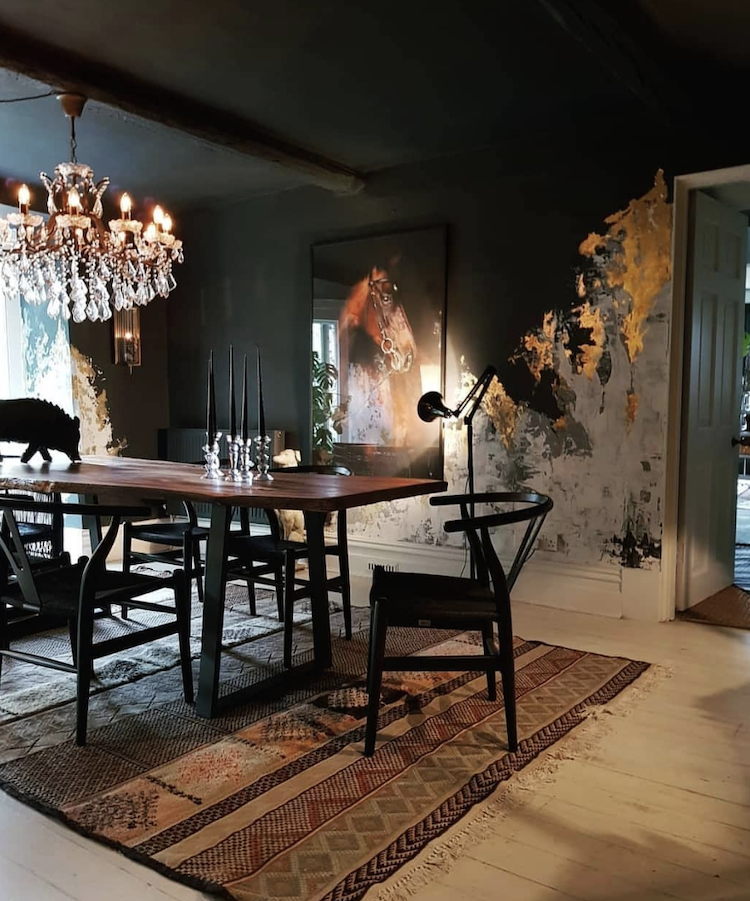 black and gold dining room by the.kate.edit