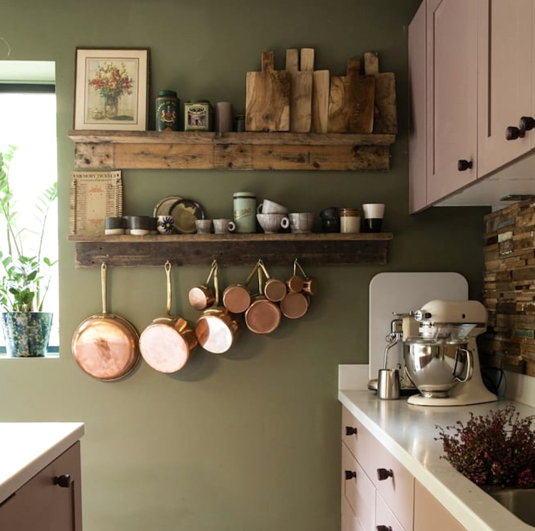 pink and green kitchen via wattleanddaubhome