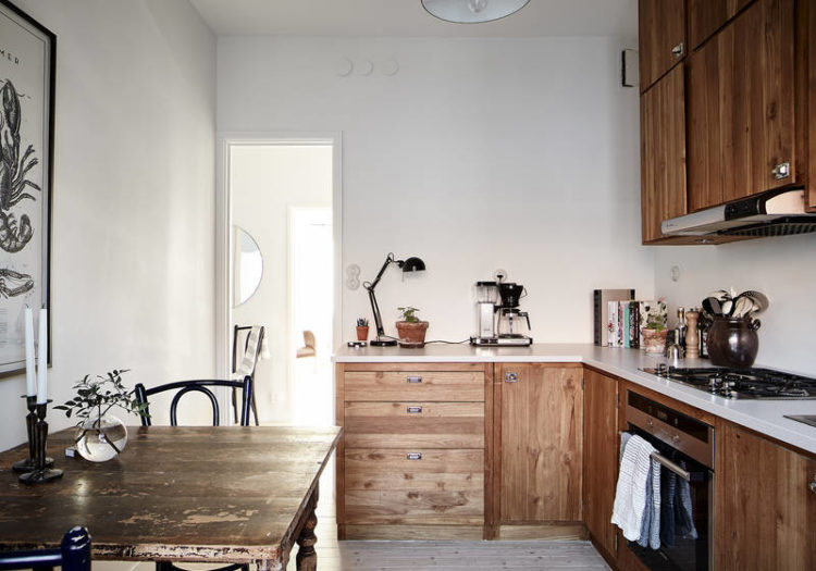 wooden kitchen via stadshem