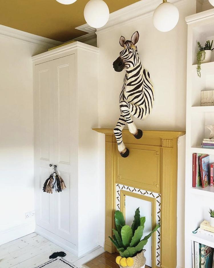 zebra wall hanging by @three boyandapink bath