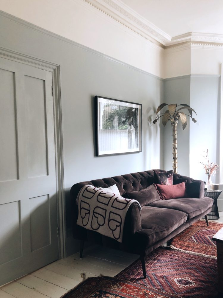 madaboutthehouse sitting room in skylight by farrow and ball