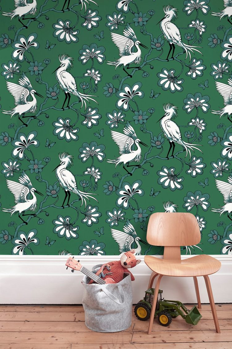 The classic egrets in green wallpaper by florence broadhurst has been brought back to life after Rebecca Lawrence and team got the rights to the Broadhurst archives and released a collection of wallpapers and fabrics. #florencebroadhurst #wallpaper #madaboutthehouse