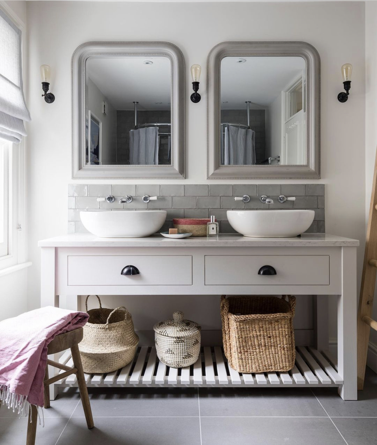 bathroom storage by Beth Dadswell of @imperfectinteriors
