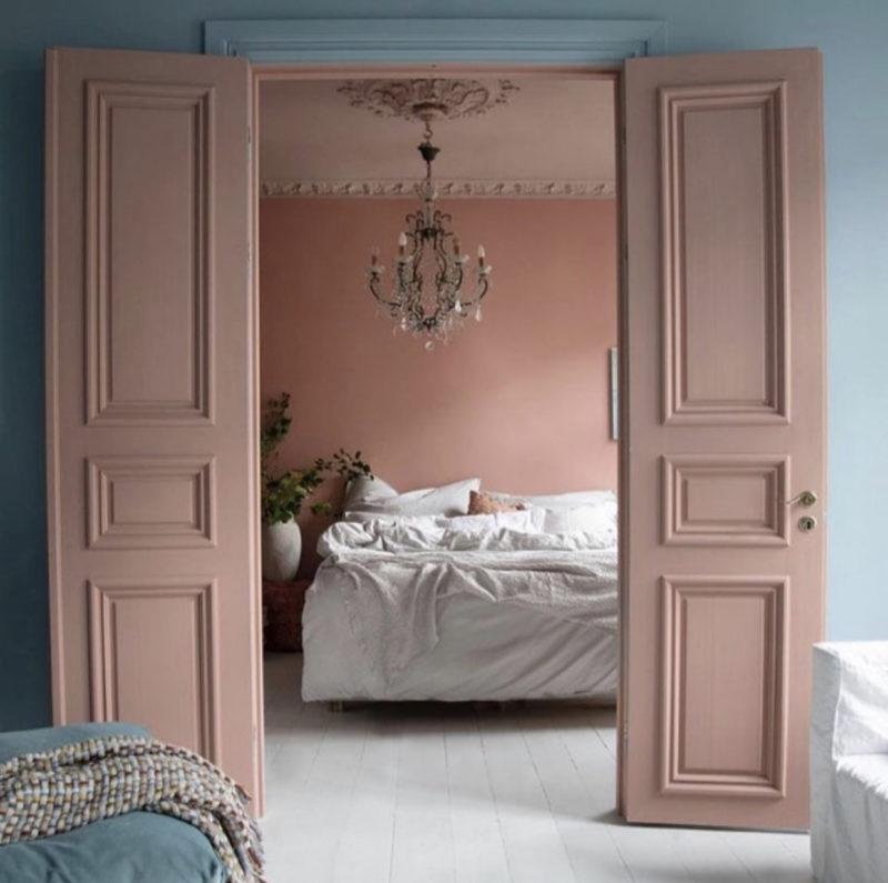 pink double doors by tone kroken
